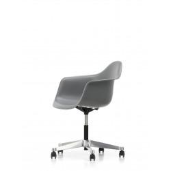 Eames Plastic Armchair PACC